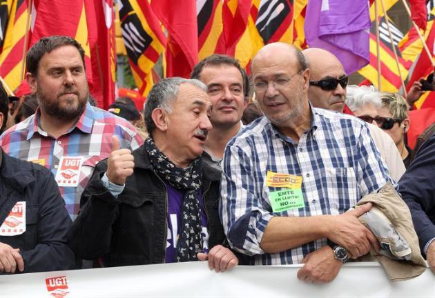 La agencia de calificación crediticia Moody's pone en revisión negativa la deuda de Cataluña