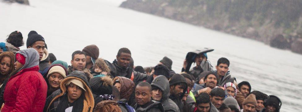 """Los obispos españoles denuncian la """"inhumanidad"""" del acuerdo UE-Turquía para expulsar refugiados"""