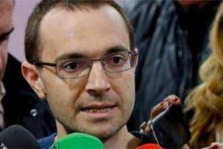 """Los modos estalinistas de Luis Alegre con la prensa: """"¡Sólo cinco preguntas!"""""""