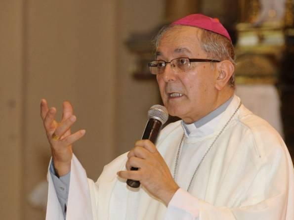 Arzobispo paraguayo pide perdón por abusos a menores