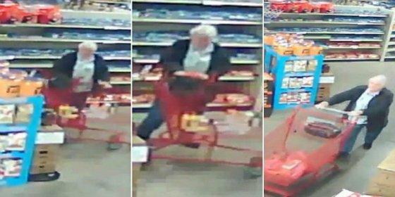 El vídeo de la anciana monja de guante blanco que roba en un supermercado