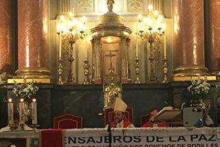 """Monseñor Aguirre recordó a """"los millones de crucificados en los calvarios del mundo"""""""