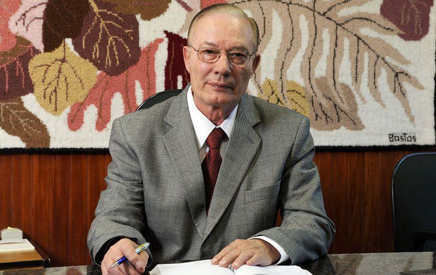 Asesinan al franciscano Antonio Moser, uno de los más destacados moralistas brasileños