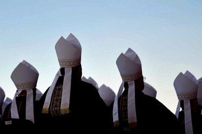 Dos obispos de EE.UU. encubrieron a medio centenar de sacerdotes pederatas