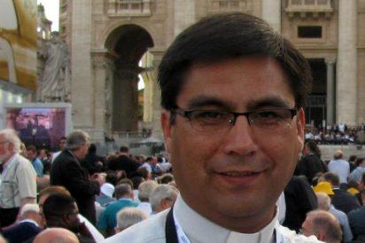 Óscar H. Blanco, obispo de San Juan Bautista de Calama