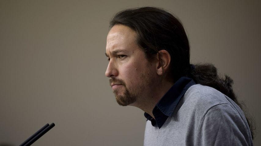 Eran pocos problemas para Iglesias y parió el abogado Rodríguez Menéndez con una querella contra Podemos