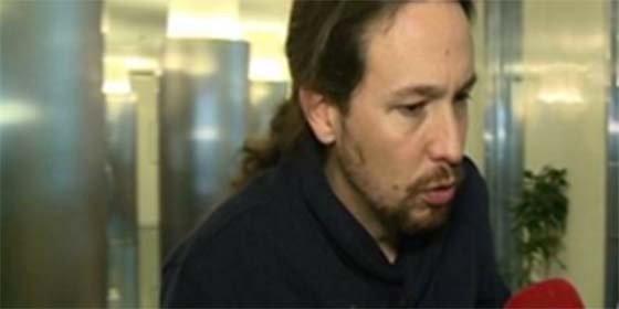 """La escueta y fría explicación de Pablo Iglesias: """"Errejón no está ausente, está trabajando"""""""