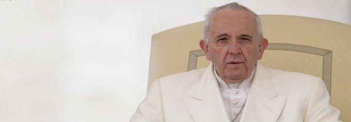 """Francisco pide convertir el corazón de los """"cegados por el fundamentalismo cruel"""""""