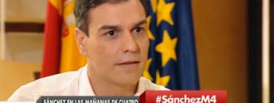"""José María Carrascal ridiculiza a Pedro Sánchez: """"Menudo estupor, la UE en una de sus mayores crisis y este gimebundo pidiendo ayuda para ser presidente"""""""