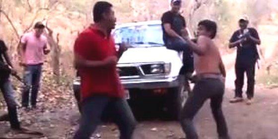 Así obligan los sicarios a sus víctimas a partirse la cara antes de ejecutarlas