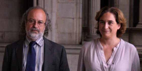 La antimilitarista Ada Colau paga 95.000 euros al ideólogo del Ejército catalán
