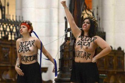 Piden dos años de cárcel para las Femen que se encadenaron semidesnudas en la Almudena