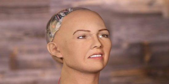El robot con cara de loca que promete aniquilar a toda la humanidad