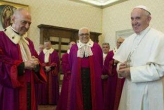 """Francisco pide la """"participación en la comunidad eclesial"""" de los divorciados vueltos a casar"""
