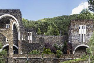 Santuario de Meritxell: María en el País de los Pirineos