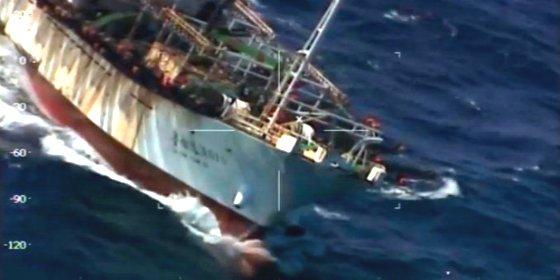 [VÍDEO] El guardacostas argentino hunde al pesquero de bandera china