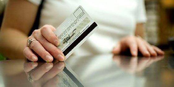 El «bulo» de que el «contactless» de las tarjetas es inseguro