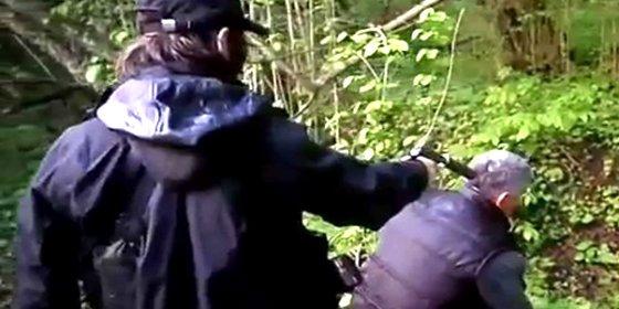 Así matan al espía ruso con un silenciador los chechenos del ISIS