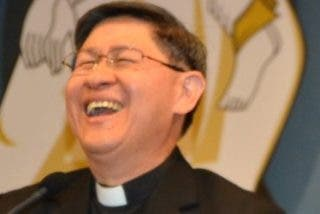 """Cardenal Tagle: """"No tengo el derecho de confesar a Dios si no soy capaz de tomar en serio el dolor de mi vecino"""""""