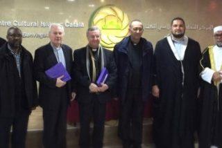 Omella visita el Centro Cultural Islámico y aboga para que musulmanes y cristianos trabajen juntos por la paz