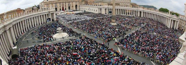 Efecto Francisco y Año de la misericordia: Crece el número de peregrinos que van al Vaticano