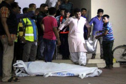 """Asesinato a machetazos de dos gays en Bangladesh al grito de """"¡Alá es grande!"""""""