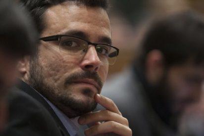 """Al republicano Garzón se le escapa llamar """"rey"""" a Felipe y sus acólitos de IU se tronchan"""