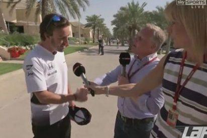 El momentazo en el que Fernando Alonso va por él y humilla a un reportero listillo