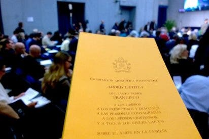 "Redes Cristianas: ""Amoris Laetitia: ninguna sorpresa, pero abriendo futuro"""