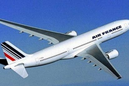 Air France: encuentran a un niño africano muerto en el tren de aterrizaje de su vuelo a París