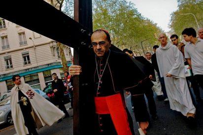 """El cardenal Barbarin reconoce """"errores"""" en la lucha contra la pederastia"""