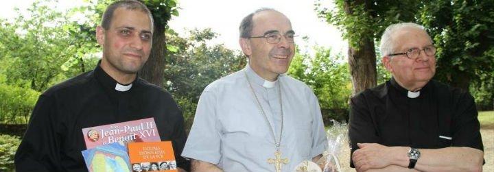 """Los obispos franceses """"se comprometen"""" a esclarecer todos los casos de pederastia"""