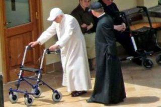 Benedicto XVI vuelve a mostrarse tras los rumores sobre su estado de salud