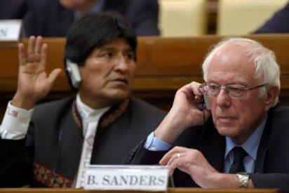 """Bernie Sanders dice en el Vaticano que """"el Papa inspira al mundo"""""""