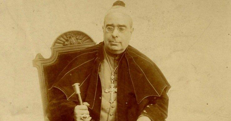 Medio millar de curas catalanes recuerdan al obispo Torras i Bages