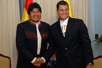 Evo y Correa verán al Papa a mediados de abril