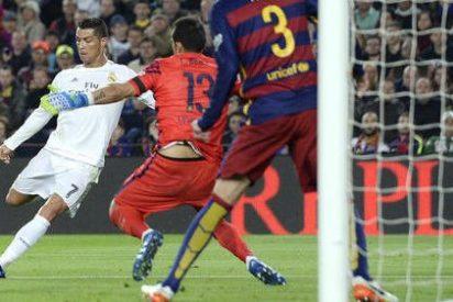 El Real Madrid gana con 10 a un Barça que jugó con 11+1 (el árbitro)
