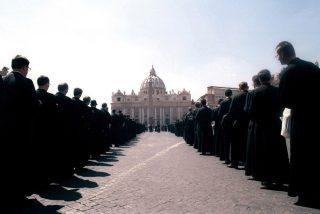Francisco se reunió el sábado con el líder de los lefebvrianos