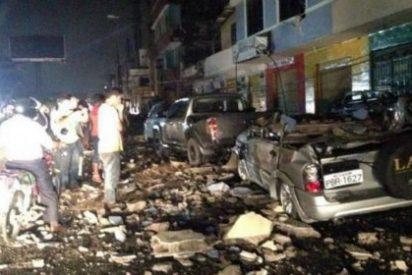 [VÍDEOS] Pánico en Ecuador por un brutal terremoto: al menos 300 muertos