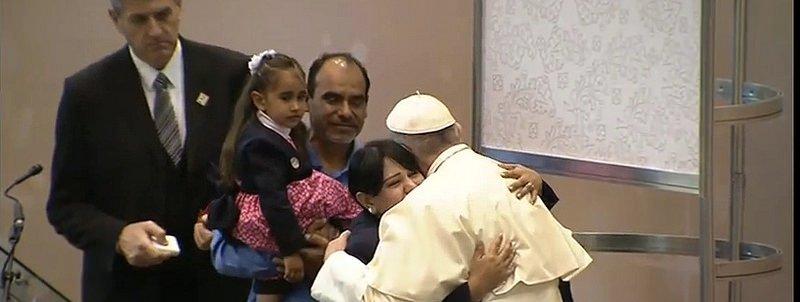 El Papa pide a los obispos que abran las puertas de la comunión, caso por caso, a los divorciados vueltos a casar