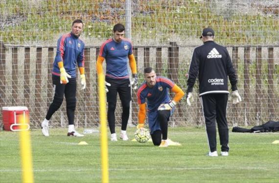 El Villarreal quiere reforzar su portería a costa del Valencia