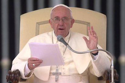 """Francisco: """"No hay santo sin pasado ni pecador sin futuro"""""""