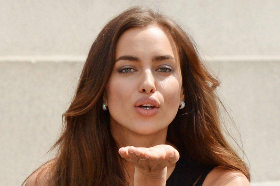 Irina Shayk se desata en su vídeo más sensual