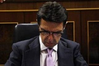 """Ignacio Camacho da por amortizado al ministro Soria: """"En el laberinto de papeles panameños, ha perdido algo más que la credibilidad"""""""