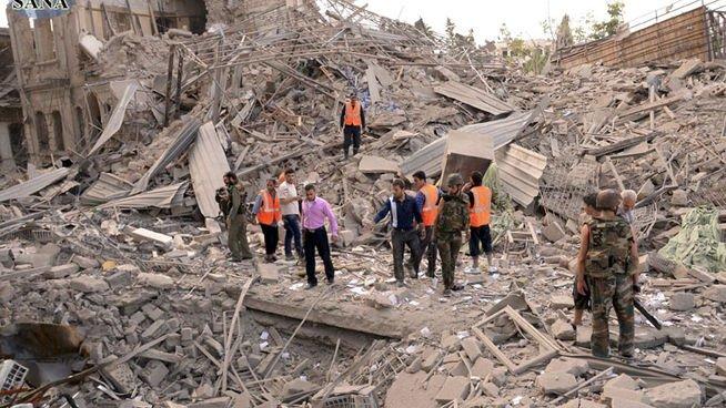 Las mezquitas de Alepo suspenden la oración del viernes en protesta por los bombardeos