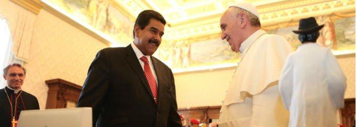 """Francisco escribe a Maduro para pedirle """"diálogo y colaboración"""" frente a la grave crisis en Venezuela"""