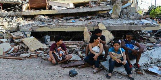 Cómo quedó Manta, el principal puerto de Ecuador, tras el devastador terremoto