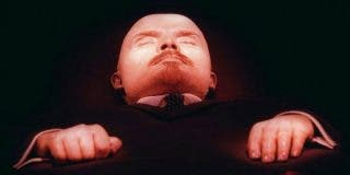 """¿Cuánto cuesta mantener la momia del famoso Lenin """"como si estuviera vivo""""?"""
