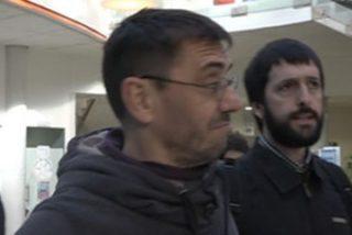 El 'segurata' que se echa Monedero para repeler a la prensa