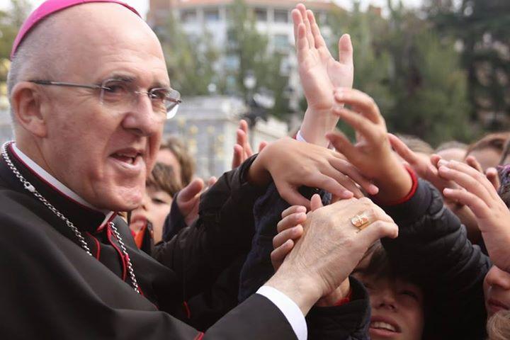 """""""Señor arzobispo, tengo una pregunta para usted"""": los niños preguntan a Osoro"""